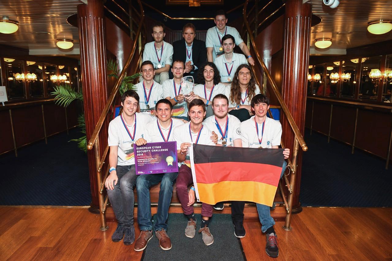 Team-Germany-River-Cruise.jpg
